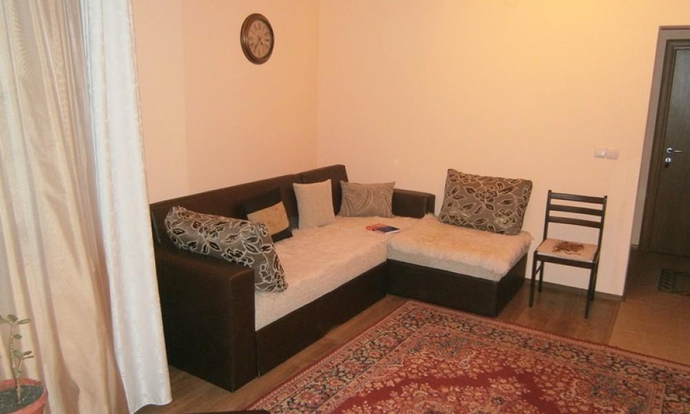 Продажба на двустаен апартамент в Сандански