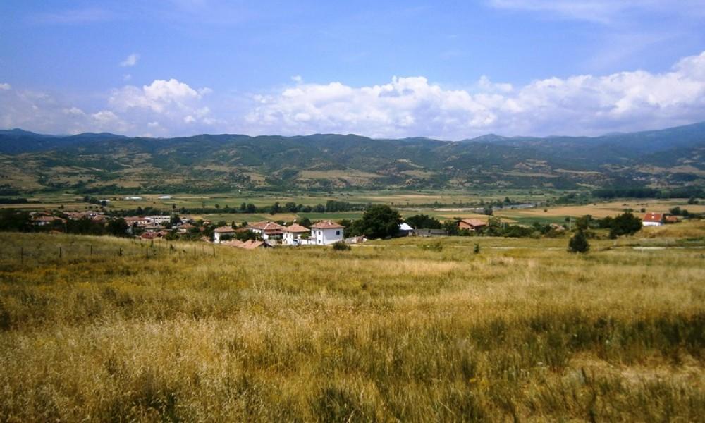 Продажба на парцел в Струмяни – 3000кв.м