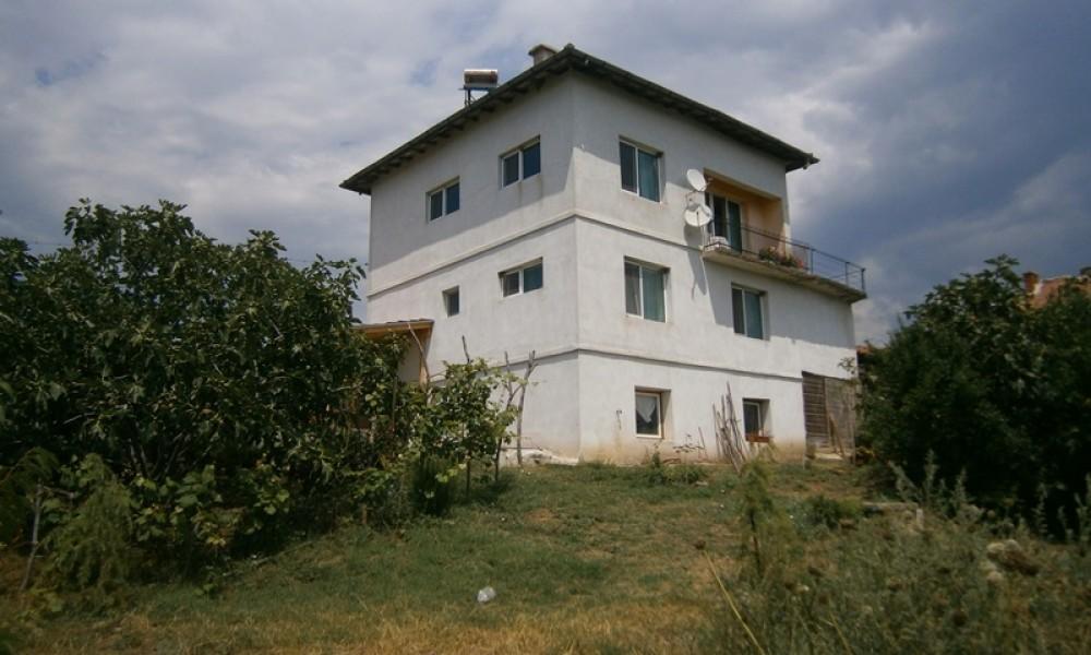 Продажба на къща в с.Ласкарево