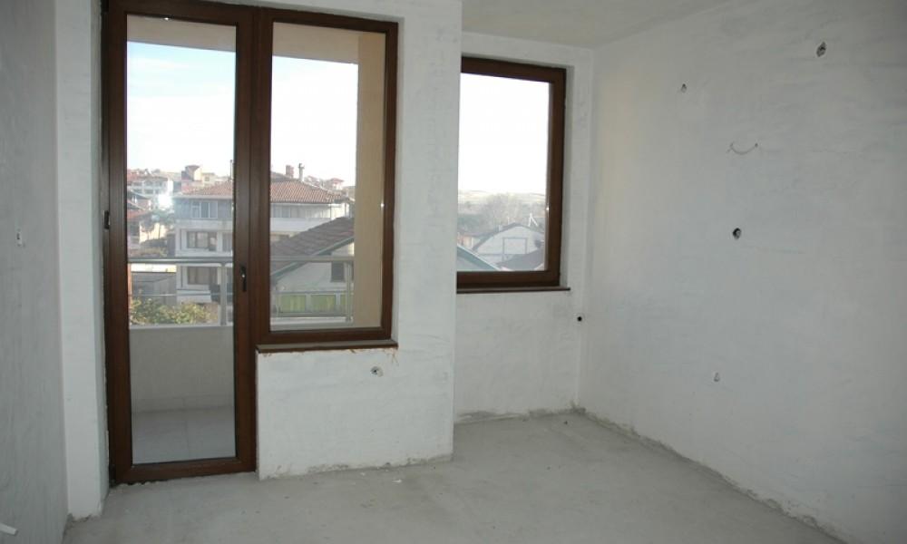 Двустаен апартамент в административния център на Сандански