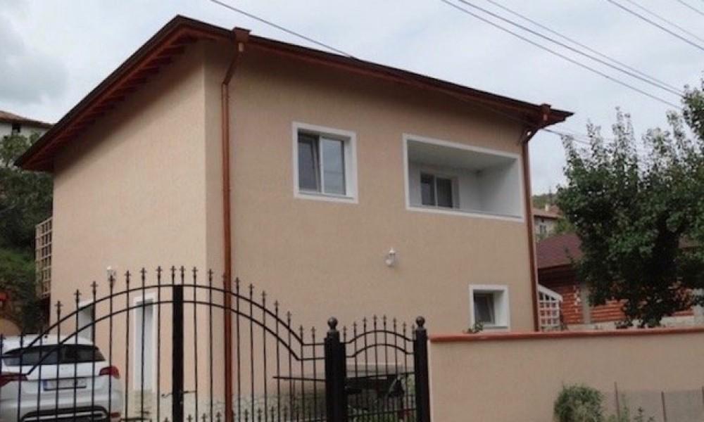 Buy a house in the area of Sandanski