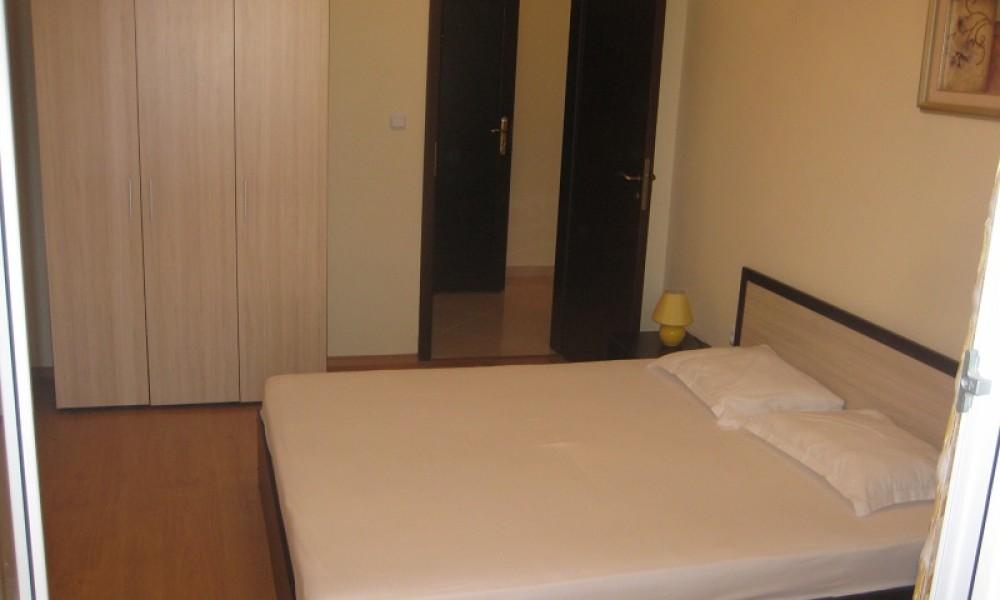Двустаен апартамент в Поморие