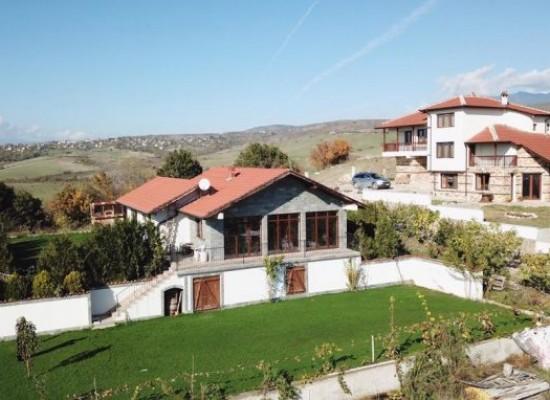 Een niveau huis te koop in de buurt van Spa Resort Sandanski