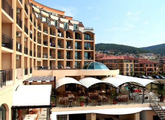 Apartments with sea view. Property on St.Vlas