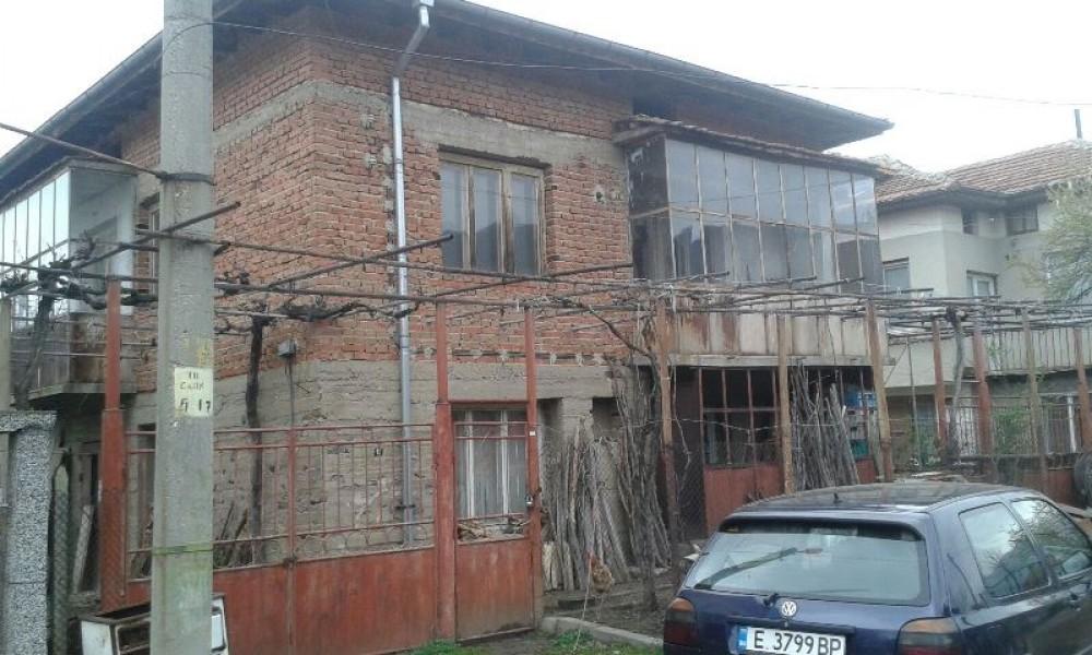 Продава къща в гр.Рила, обл.Кюстендил