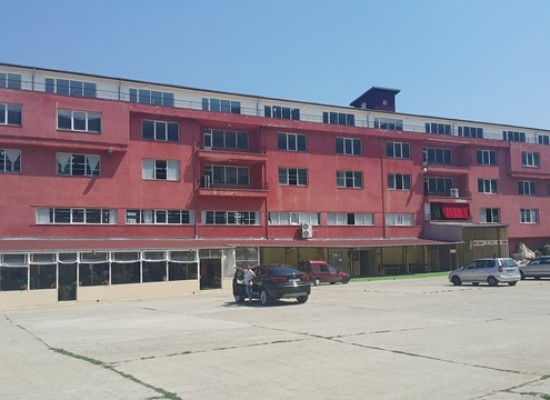 Industrial building for rent in Petrich