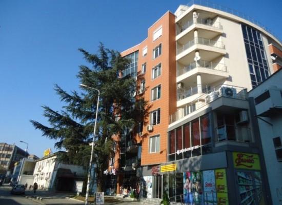 Нов луксозен апартамент в центъра на Благоевград