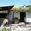 Landelijk gelegen huisje  in een dorp op een afstand van ongeveer 15 km van Sandanski