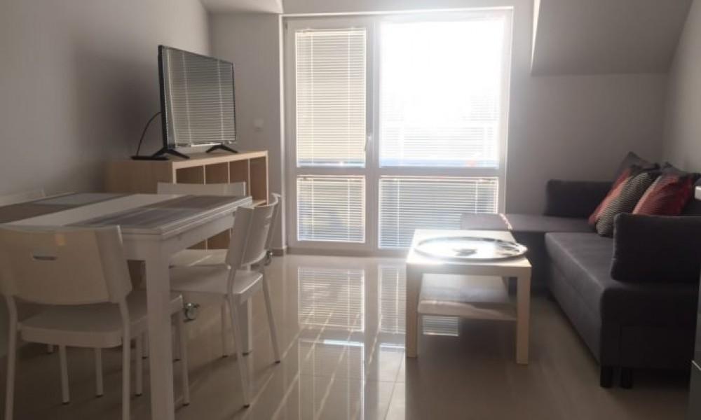 Луксозен апартамент под наем в центъра на Сандански