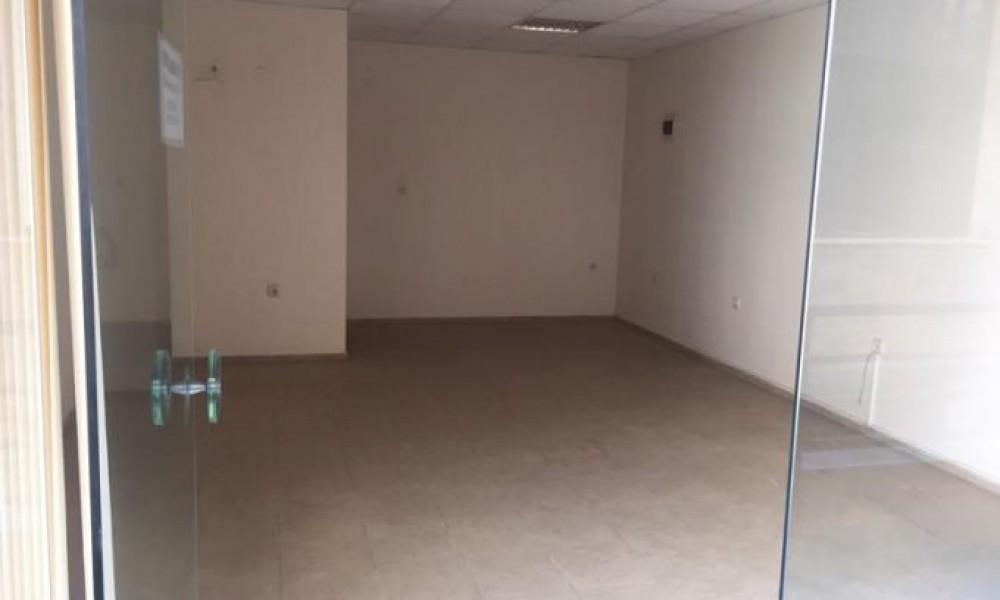 Продава магазин/офис в Сандански
