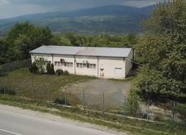 Fabrieksgebouw op eigen terrein in het  Petrich Valley te koop.