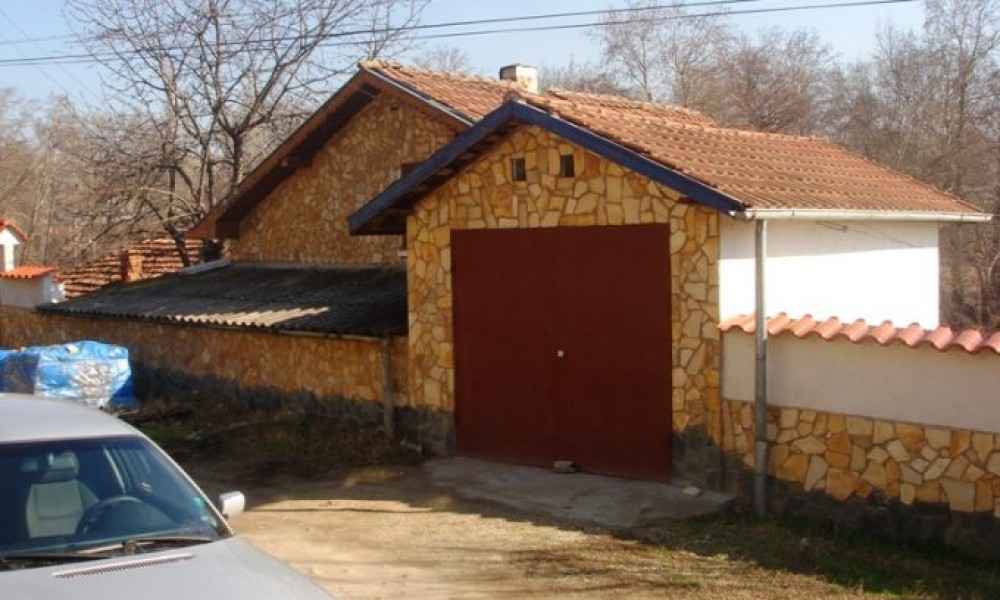 House for sale 2km away from Sandanski