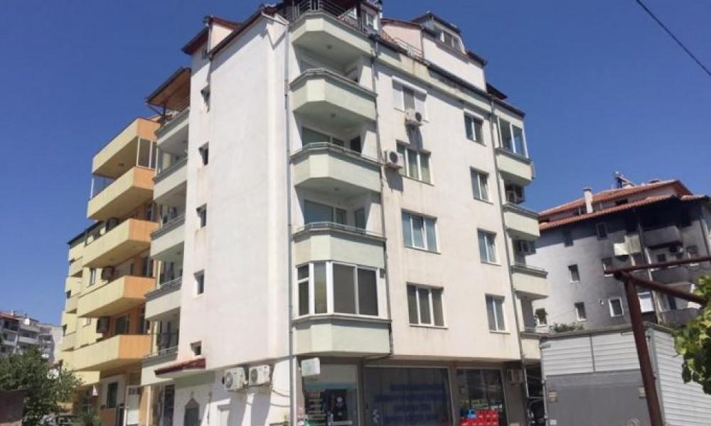 Apartment with garage for sale in Sandanski