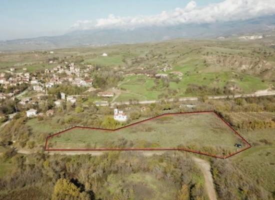 Инвестиционно предложение в село с минерална вода близо до Сандански