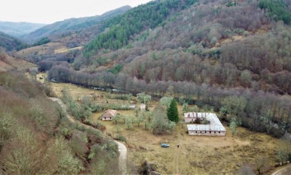 Ex Military camp for sale in Sandanski area