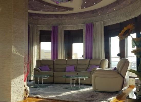 Луксозен апартамент с гараж в центъра на гр.Сандански