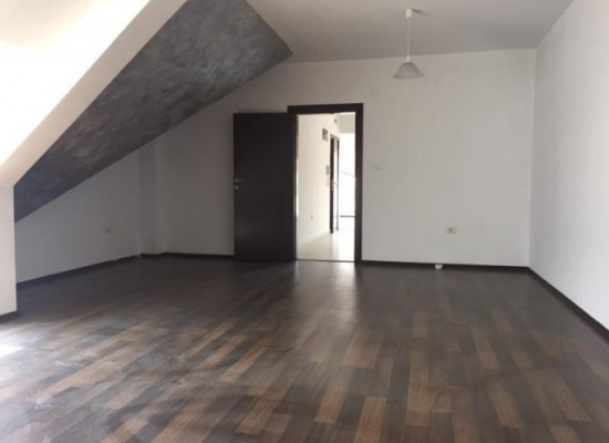 Apartment or office for rent in the center of Petrich, Bulgaria