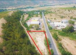 Продава имот на гл.път Е79 в гр.Сандански