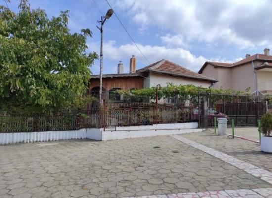 House for sale near Petrich