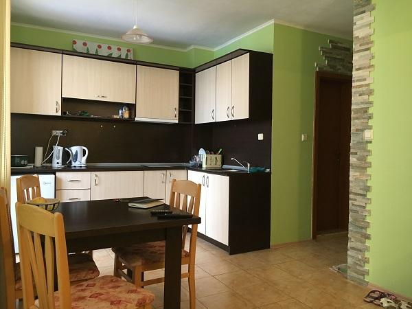 zum verkauf ein zimmer wohnung in sunny beach. Black Bedroom Furniture Sets. Home Design Ideas